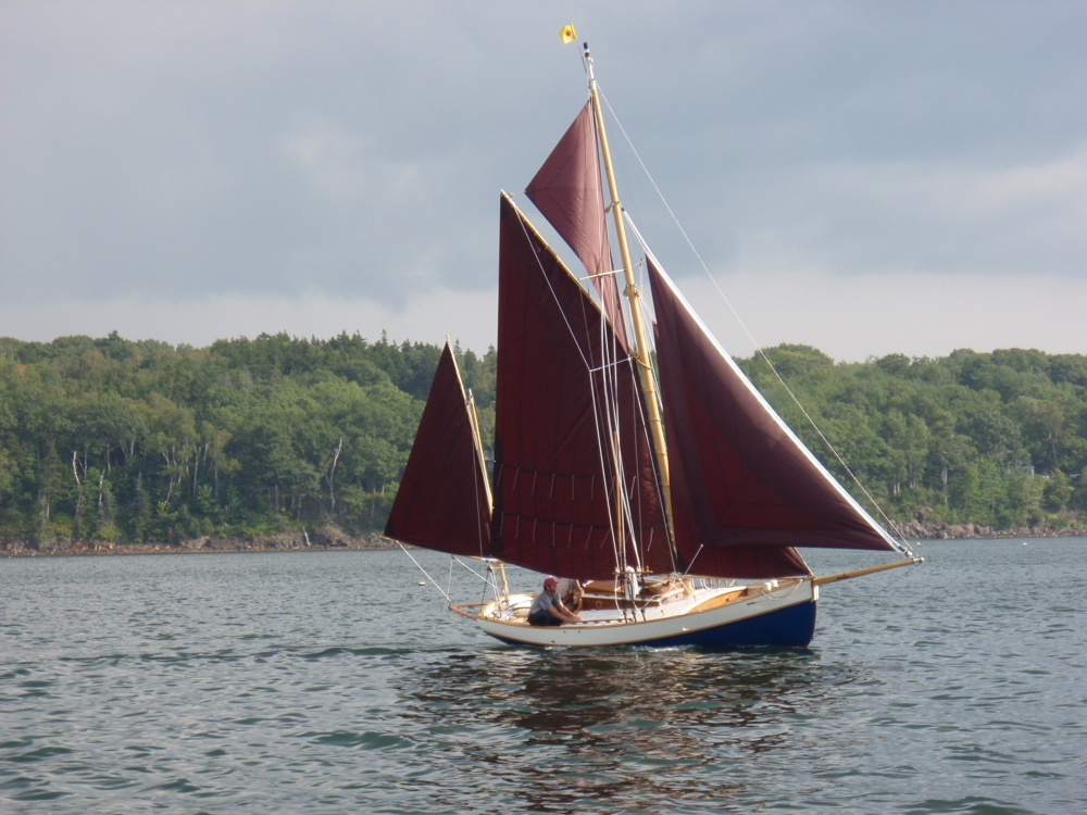 Wooden Sailboats For Sale >> Classic Sailboat Shop Specializing In The Sale Of Small Classic