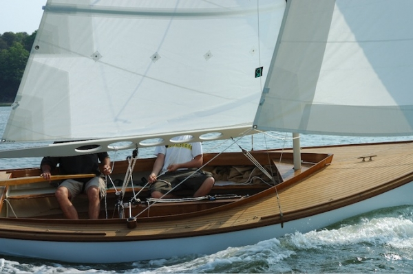 Classic Sailboat Shop | Specializing in the sale of small classic day sailers and weekenders