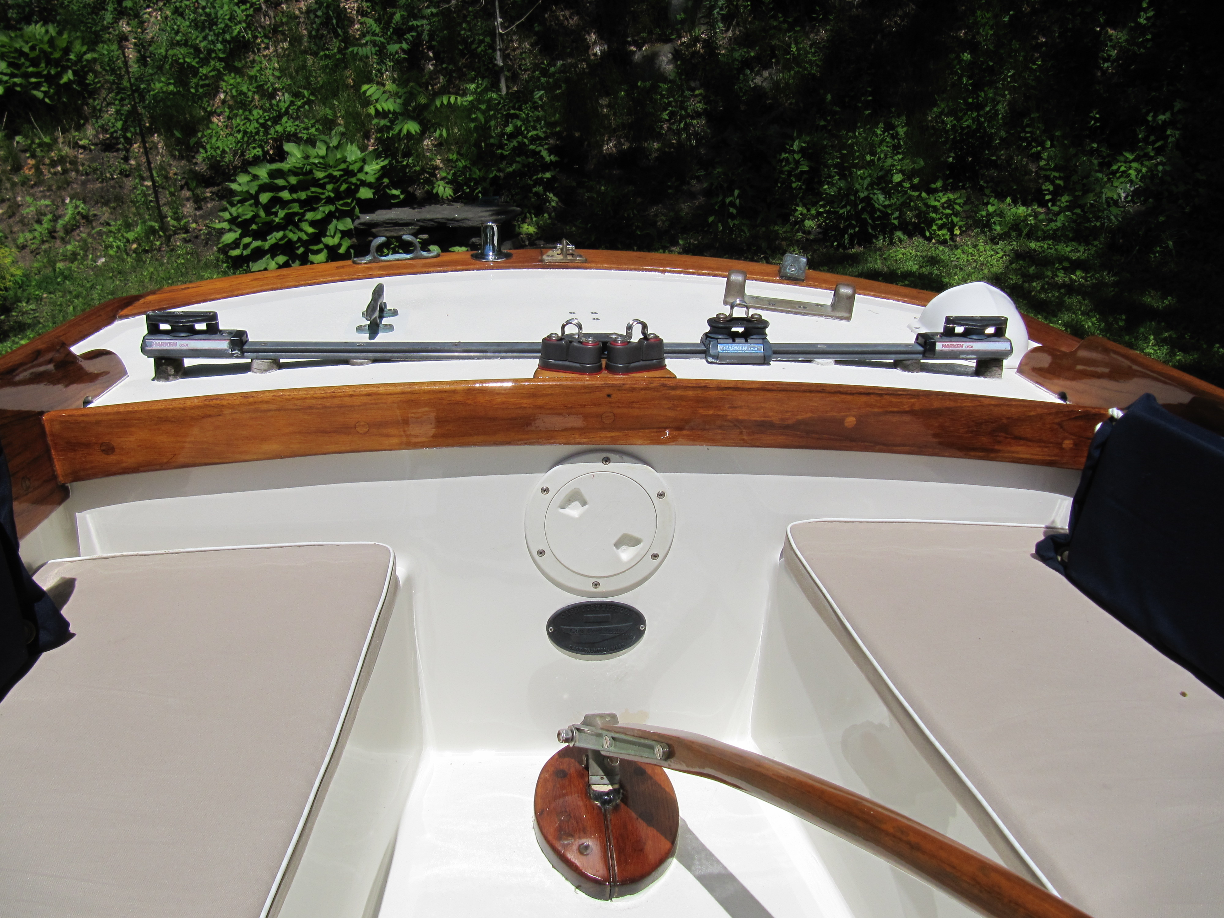 Classic Sailboat Shop | Specializing in the sale of small classic